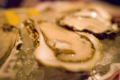 加熱用の牡蠣を生で食っち