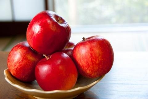 嫁の実家にお土産として特産りんご