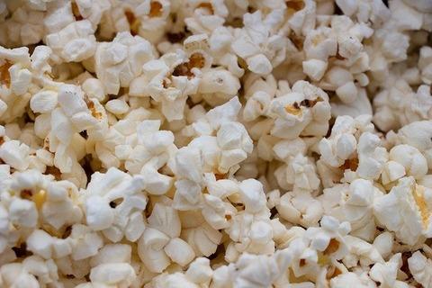 映画館「外から食べ物持ち