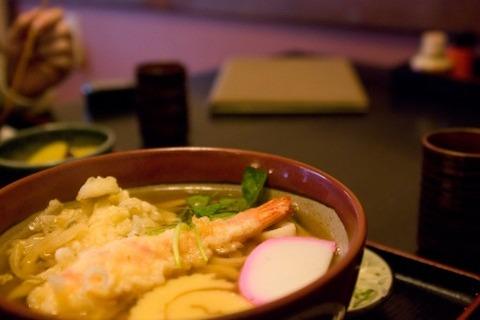 うどん屋って天ぷら食いに行