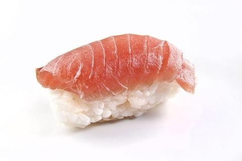 回転寿司で最初の皿を醤油皿