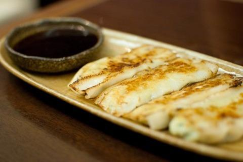 焼き餃子定食←や、焼き餃子で米を食べるのか!!!????!!!!www
