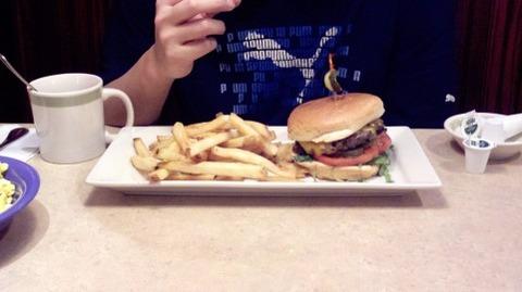 ハンバーガーってそんな