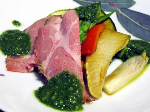 イギリス人「野菜を煮て…肉を煮て
