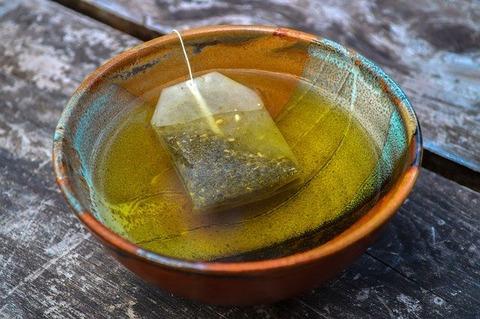 烏龍茶、緑茶、ほうじ茶、麦茶