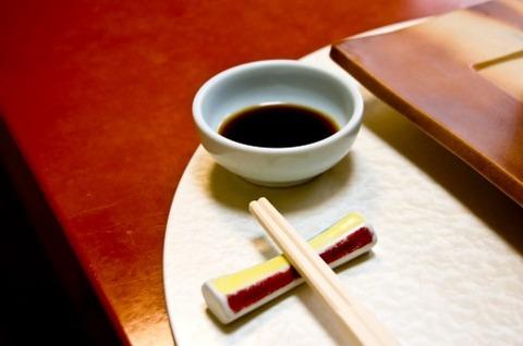 日本食って醤油やソースが旨いんであって