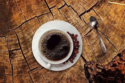バカ「コーヒーは泥水」←こ