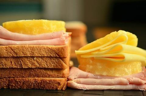 食パンに乗せる物の正解は