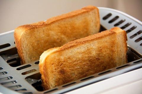 一人暮らしでトースターって
