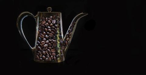 一番美味い缶コーヒーについて話す