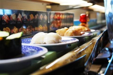 【悲報】回転寿司で食べた皿でわさび