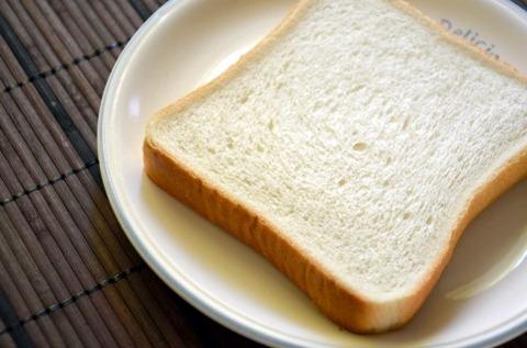 食パンに合う調味料色々試