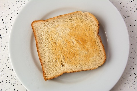お前ら食パンに何塗って食べて