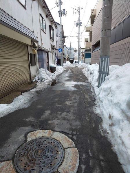 雪融け春待ち