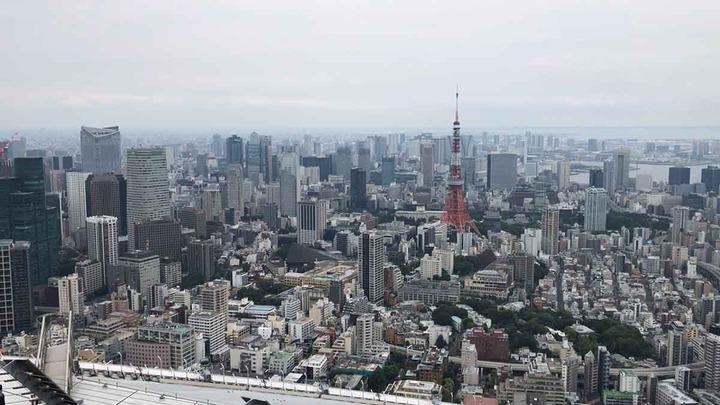 六本木ヒルズ屋上と東京タワー