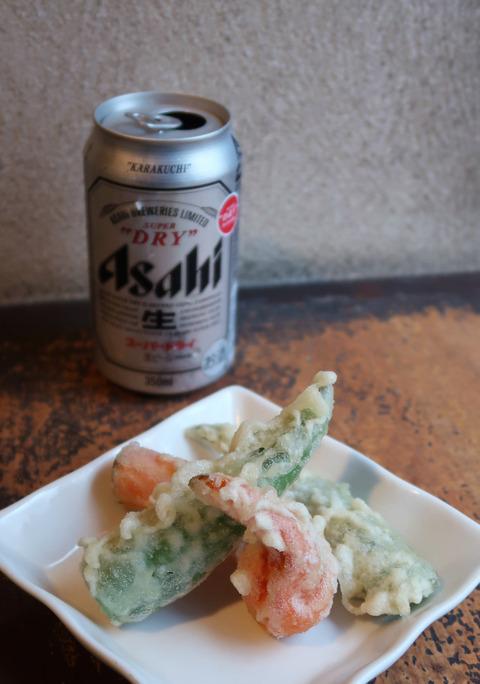 万願寺唐辛子天とビール  18.12.24   213