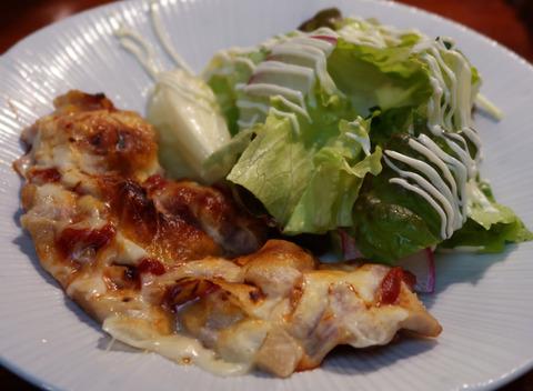 鶏肉のトマトチーズ焼き  19.1.11  273