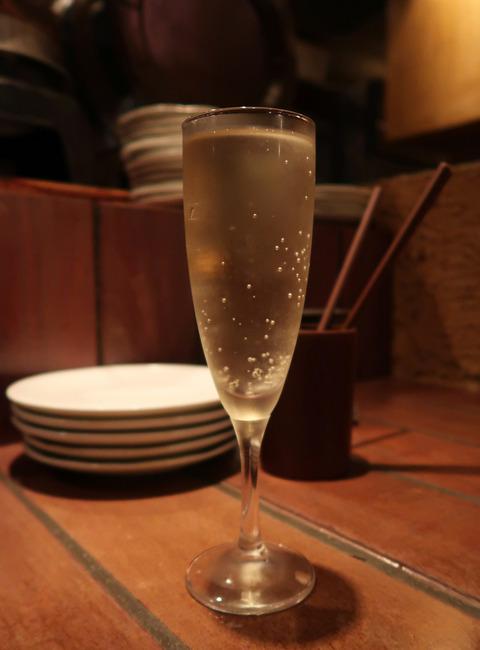 樽詰めスパークリングワイン 18.11.17   218