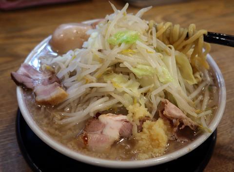 G麺系ガッツリらーめん(リフト)  18.11.1   219