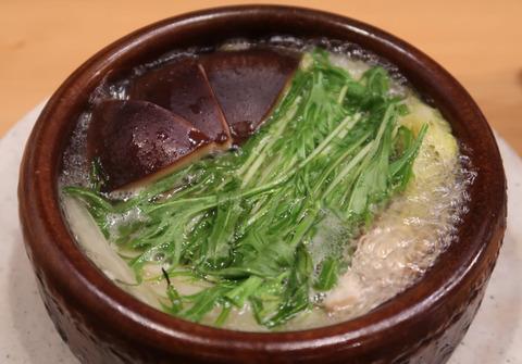 鳥取茸王と牡蠣の小鍋(全体) 19.2.5  174