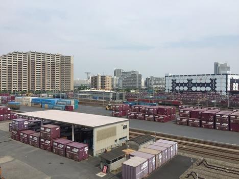 ロイヤルホームセンター南千住から見た隅田川駅とスカイツリー 3