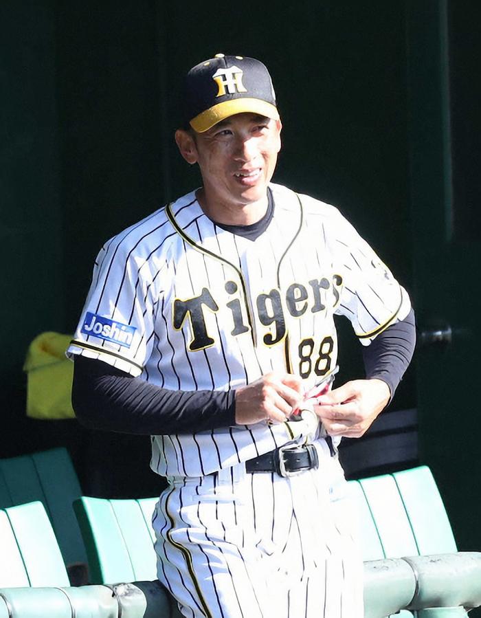 矢野阪神 ファンと異例の集合写真 ファンサービス盛りだくさん