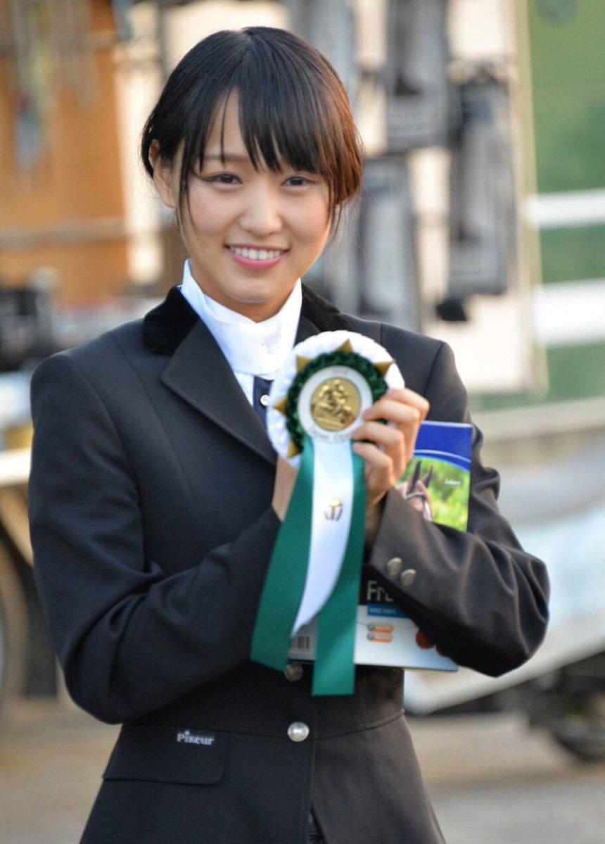 【欅坂46・菅井友香】日スポ記者「へぇ~、礼儀正しいな」と感心しました