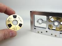 オー・カセ。1984年に発売された磁気テープを交換できるカセットテープが面白い。