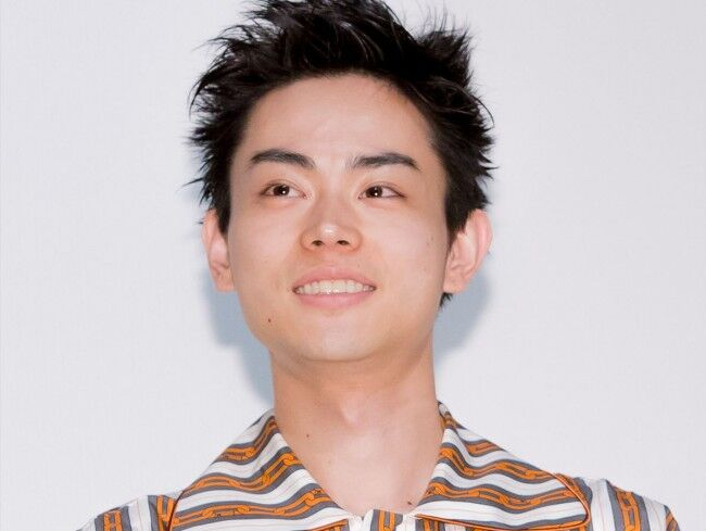 【悲報】菅田将暉さん、親友・石崎ひゅーいと「糸」熱唱も不評