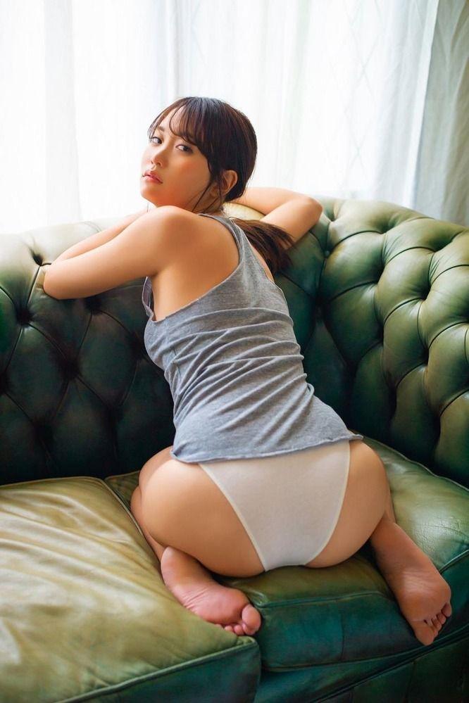 元AKB48の永尾まりやの尻が大きくてけしからん!