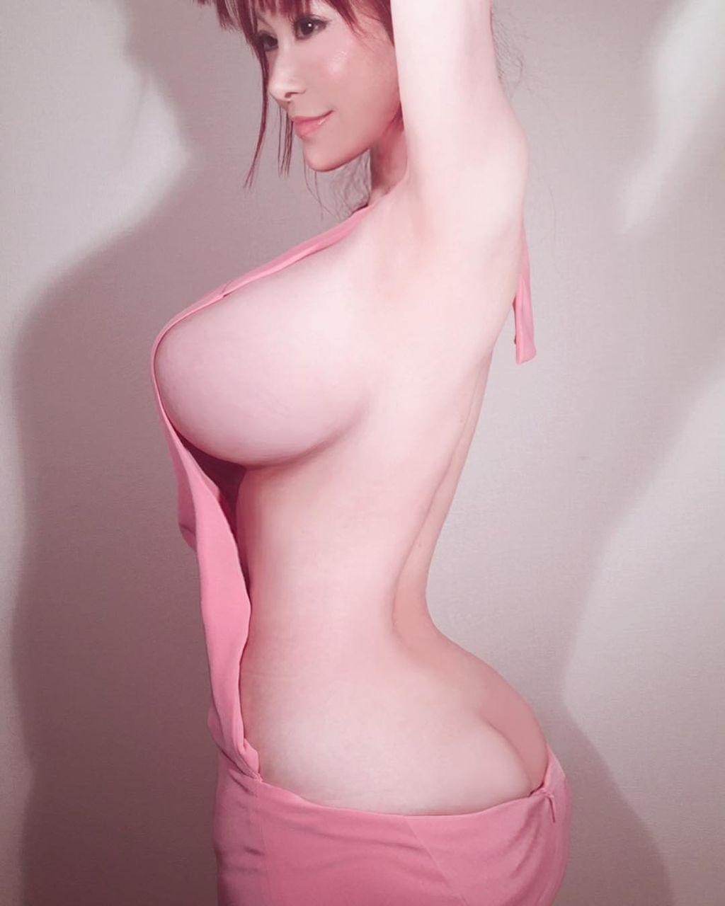 """【エンタメ画像】【これはすごい】叶美香、例のセーターの""""原型""""を「ずいぶん前からまとっております」ってよ!!!!!!!!!!!!!!"""
