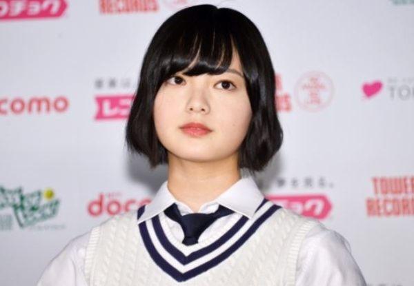 【欅坂46】平手友梨奈が右腕負傷、日本武道館3DAYS公演は全てひらがなけやきに変更・・・