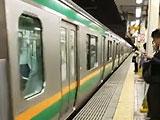 【画像】 湘南新宿ライン渋谷駅で人身事故 「目の前で」「頭がホームと電車に挟まって」 電車遅延で騒然
