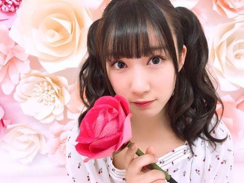 SKE48水野愛理「SHOWROOMで選挙ポスターが解禁らしい!!! 生写真のオフショットをさりげなく載せてみる」