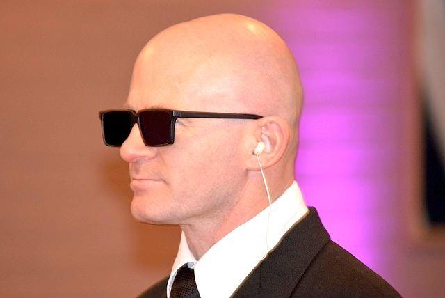 【彡⌒ミ】10月20日は「頭髪の日」令和版薄毛の境界線、薄毛認定ラインは「眉上7cm」のもよう