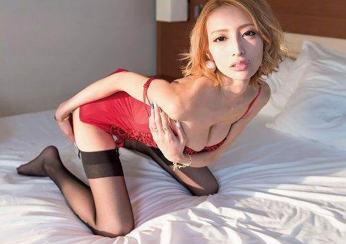 【エンタメ画像】《本当?》「億超えギャラを提示された」。加藤紗里 エロmovie女優転向を否定ってよ☆☆☆☆☆☆☆