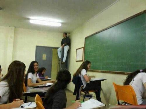 海外の教師たちが考えた「カンニング防止」のアイデアいろいろ