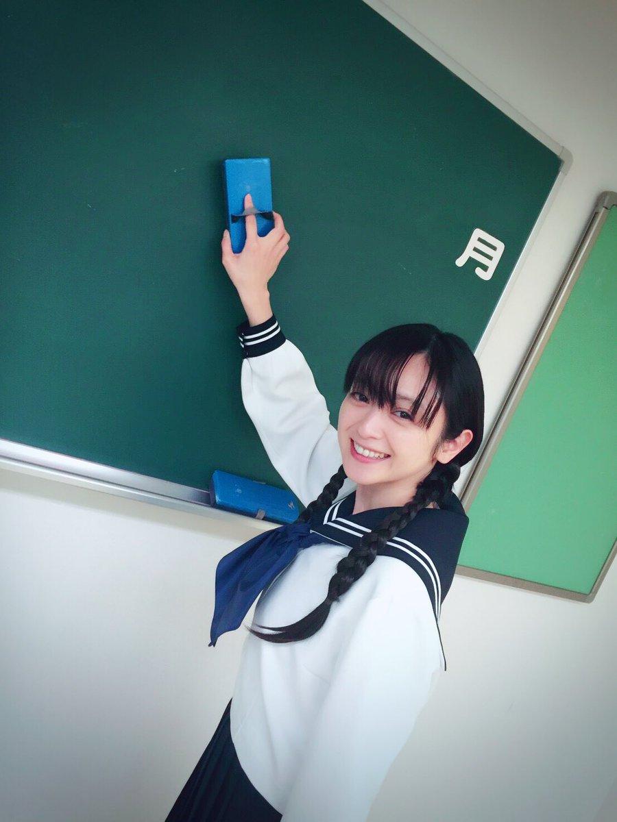 【エンタメ画像】【検証画像】安達祐実(35)のユニフォームがヤバすぎるってよ!!!!!!!!!!!!!!