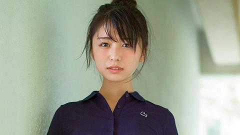 欅坂46長濱ねるさん、限界ショットを公開してしまう。