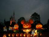 夜のかぼちゃミッキー