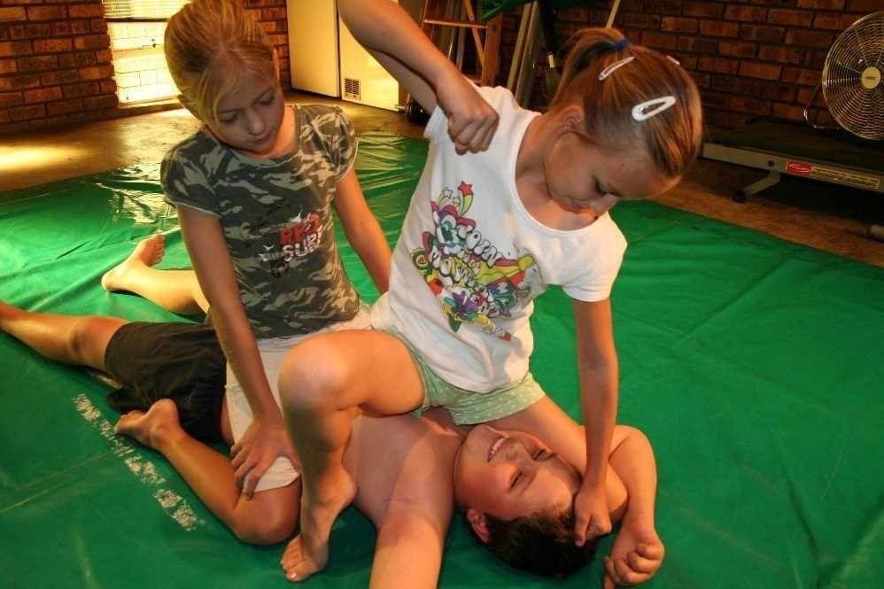 小学生のエロリ画像を集めるスレ183ワッチョイ [無断転載禁止]©bbspink.com->画像>596枚