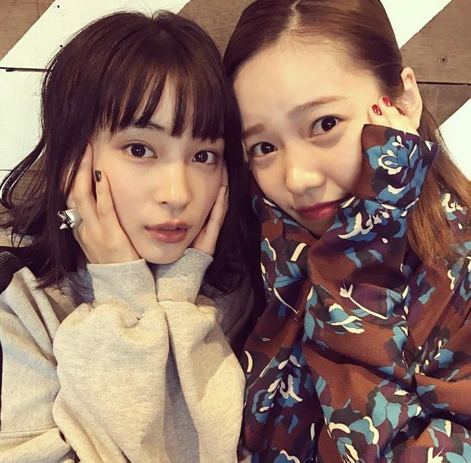 【朗報】広瀬すずと島崎遥香、初の2ショット写真を披露