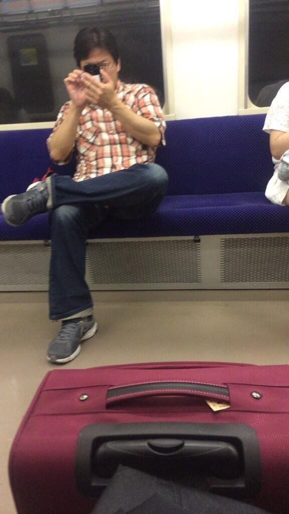 ▽電車での対面パンチラ▼20両目 [無断転載禁止]©bbspink.comxvideo>1本 YouTube動画>3本 ->画像>408枚