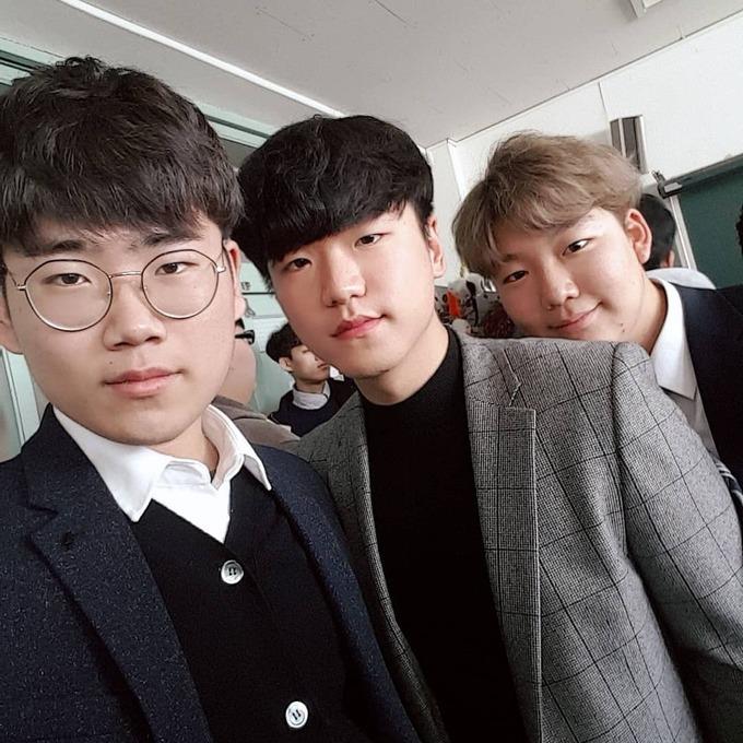 【画像】韓国の男子高校生wwwwwwwww