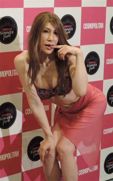 【朗報】KABAちゃん、完全に女性になりエロくなる。これはシコれる