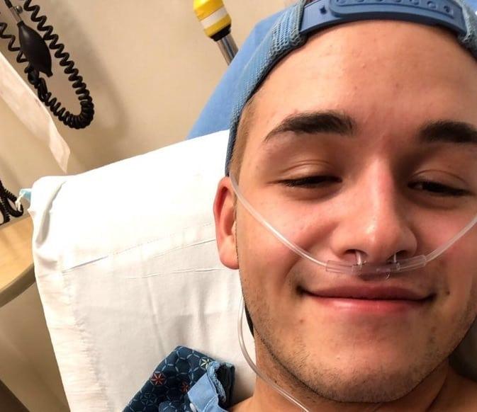 【画像あり】モンスター級のチ○コをしゃぶったまんさん、気道が破裂して病院に運ばれる