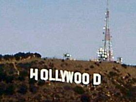 言葉の頭に「ハリウッド」って書くとアメリカっぽくなる