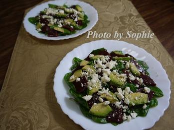 ビーツとアボカドのサラダ
