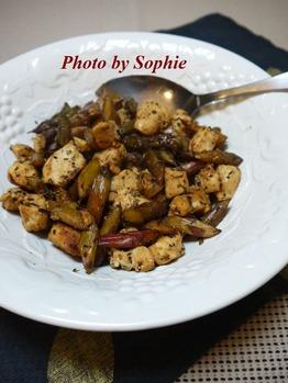 紫アスパラガスと鶏の炒め物