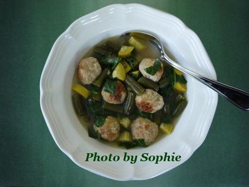 夏野菜のスープ・ミートボール入り